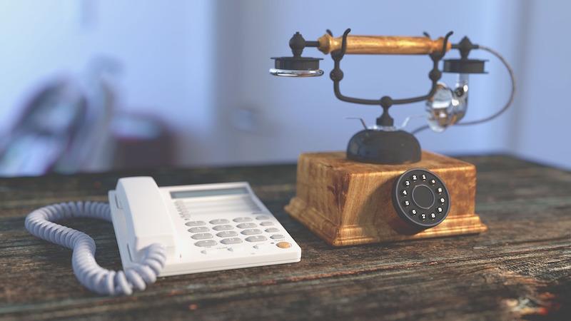 telephone-1324357_1280